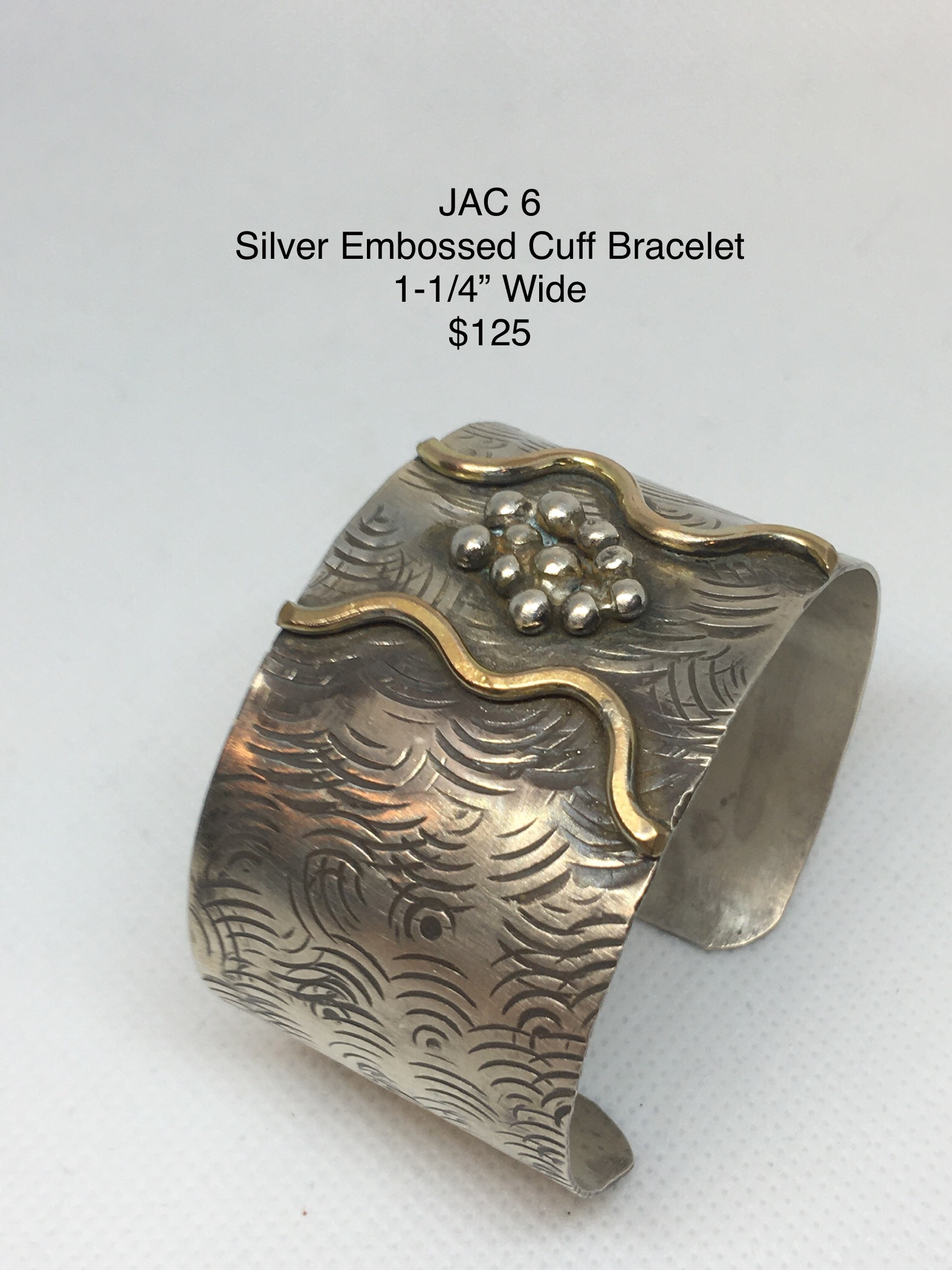 JAC#6-brac-cuff-silver-pepples-3189